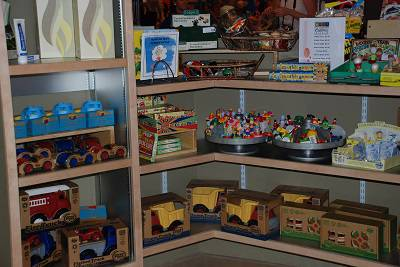 Start your holiday shopping at the Woodlands Children's Museum