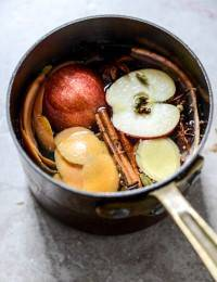 Having guests over? Make your house smell like fall with these natural ingredients