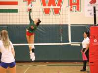Support The Woodlands HS Volleyball's Julieta Valdes and family